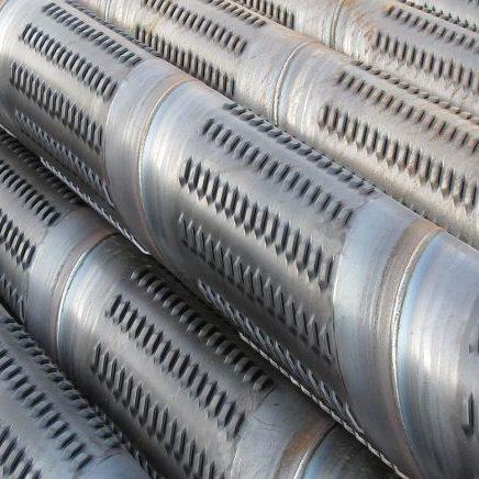 Spiral welded bridge slotted screen pipe